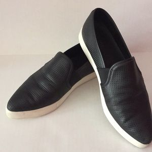 Vince Womens Slip On Blk Size 9 Perforated Leather